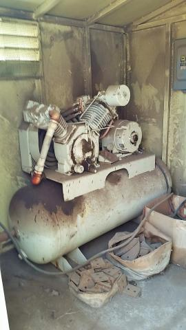 25 Hp Rotary Compressor (2 of 2)