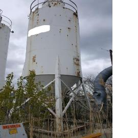 2 CONCRETE STORAGE SILOS AND LOAD OUT BIN/AUGERS (3 of 7)